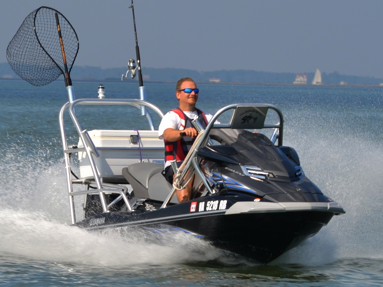 Jet ski fishing chesapeake bay fishing report october 04 for Best jet ski for fishing