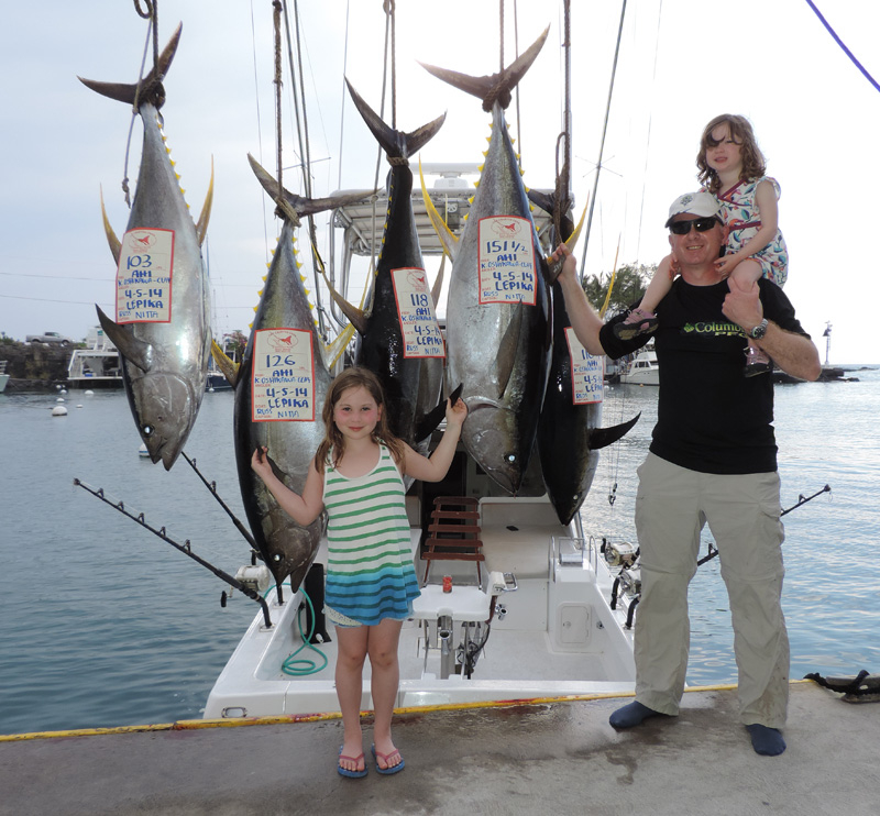 Strange catch in kona fishing report april 08 2014 for Hawaii fishing report