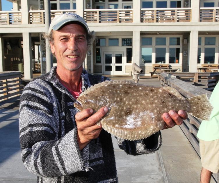 Jennette 39 s pier in nags head fishing report october 19 for Jennette s pier fishing report