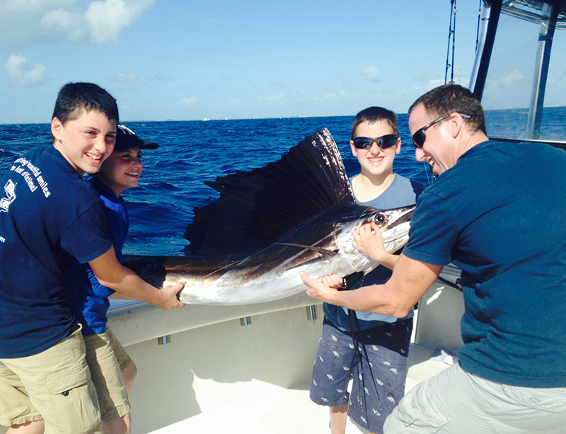 Florida keys sails and blackfin fishing report december for Middle keys fishing report