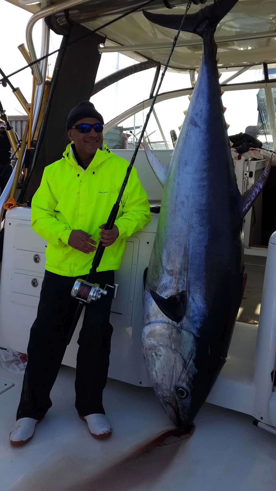 Peru Bs New Zealand >> Turkish record of all tackle and all species 595 Lb Bluefin Tuna, angler Murat Iyriboz Fishing ...