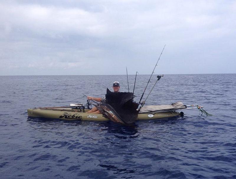 Kona offshore update fishing report april 01 2015 for Kona hawaii fishing