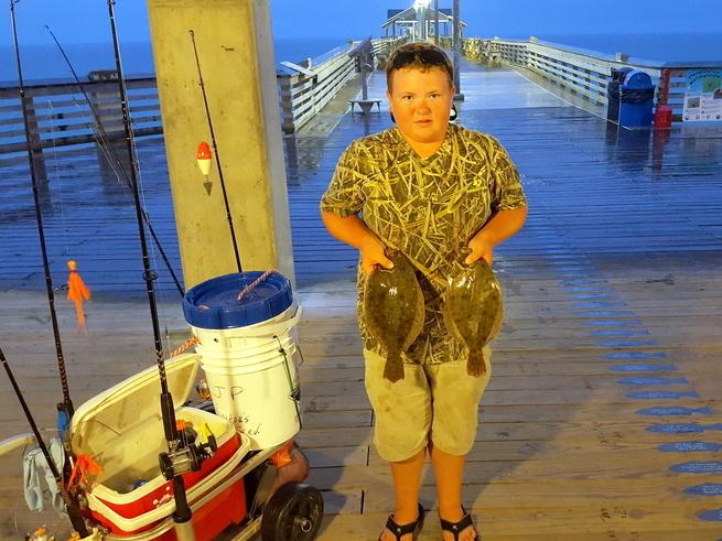 Jennette 39 s pier in nags head fishing report august 20 for Jennette s fishing pier