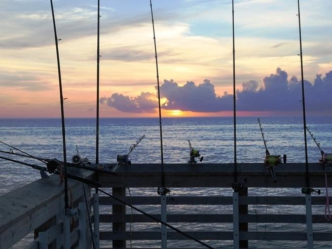 Jennette 39 s pier fishing report april 07 2017 for Jennette s pier fishing report
