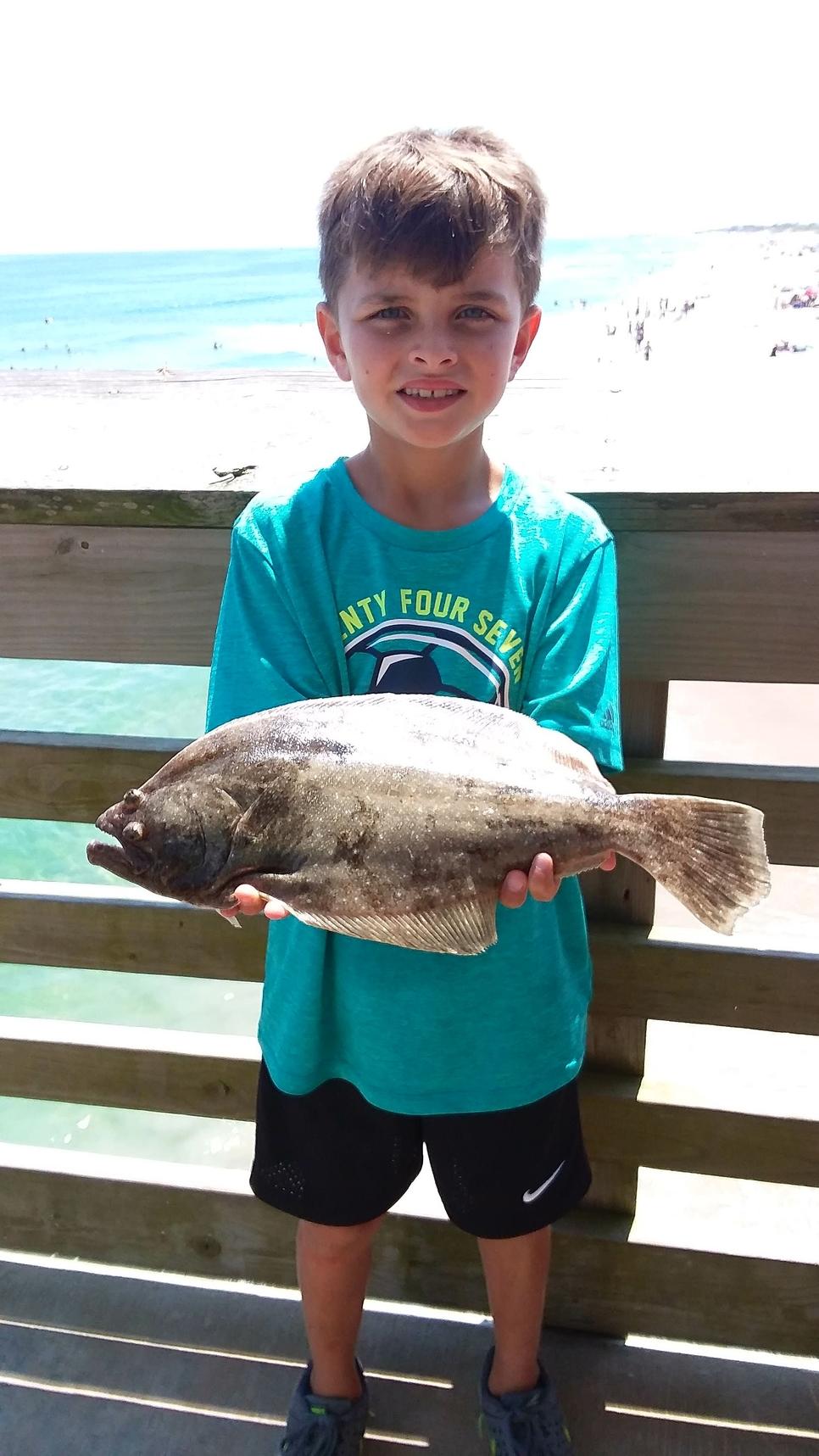 Jennette 39 s pier fishing report august 19 2017 for Jennette s pier fishing report