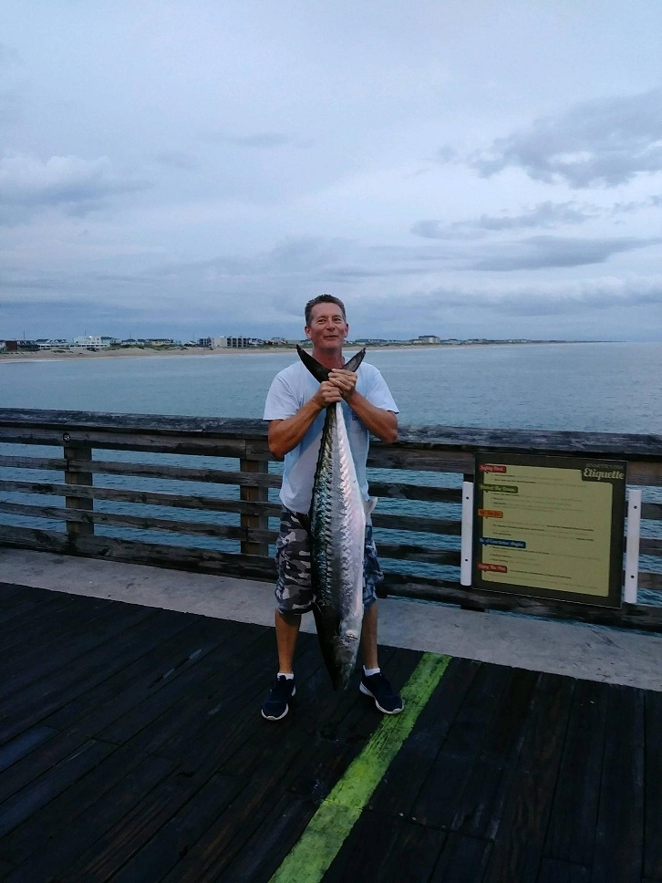 Jennette 39 s pier fishing report august 20 2018 for Jennette s pier fishing report